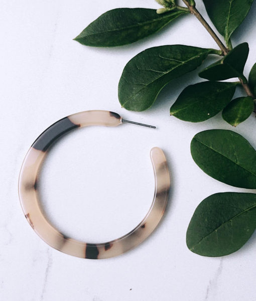 Tortoiseshell loop earrings
